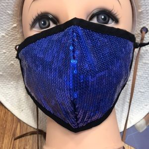 Bling face mask with adjustable straps